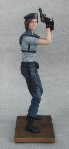 File:Virtual Legends - Jill Valentine statue.jpg