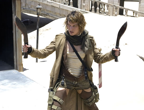File:Resident evil extinction milla jovovich with knives.jpg