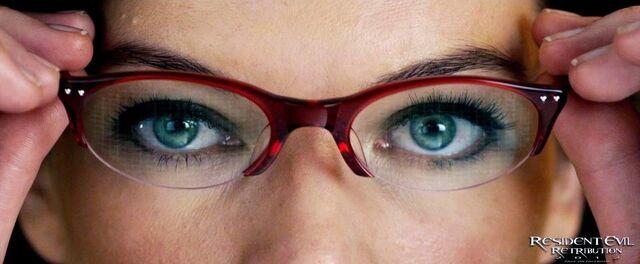 File:Alice utilizes Ada's sunglasses.jpg