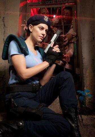 File:Julia Voth as Jill Valentine 20.jpg