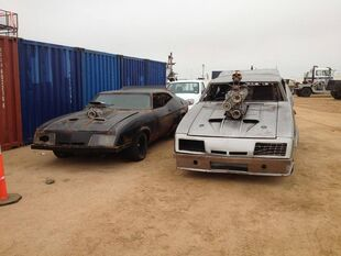 Razor Cola & V8 Interceptor