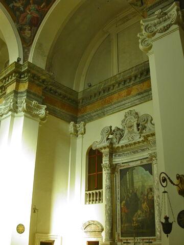 File:2011 Ambrogio, left transept from main altar.jpg