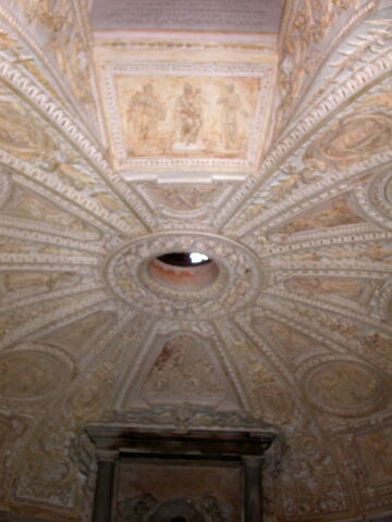 File:2011 Tempietto lower ceiling.jpg