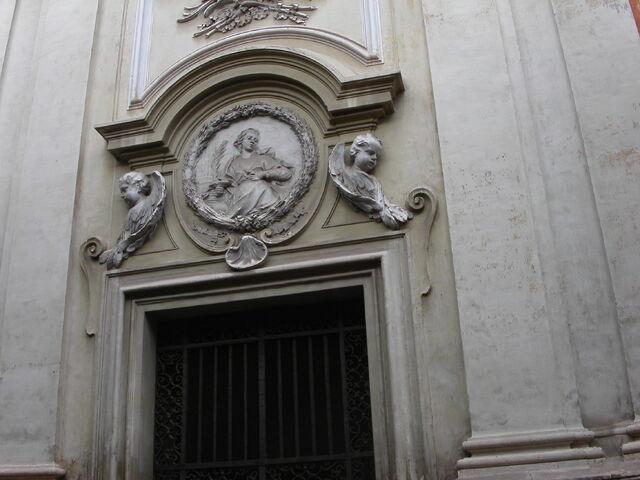 File:Agata dei Goti -tondo.jpg