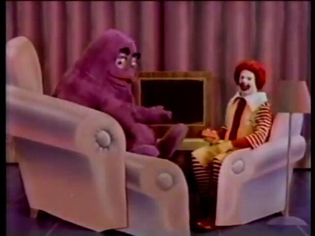 File:Ronald & Grimace 2.jpg