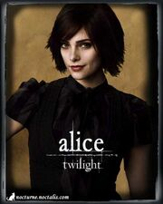 09 twilight ashley greene alice cullen new moon