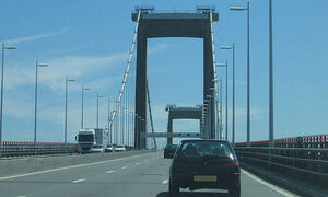 Pont d'Aquitaine.jpg