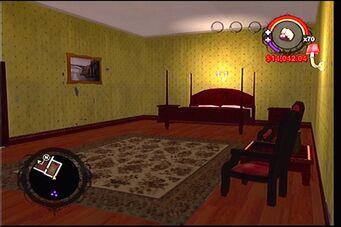 Raykins Hotel - yellow bedroom