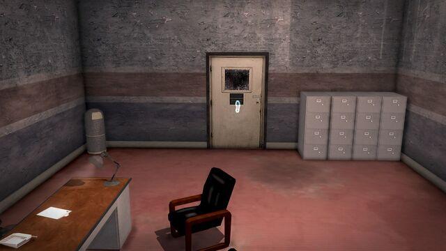 File:Donnie's - Interior in Saints Row 2 - closed storeroom door.jpg