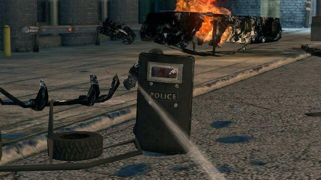 File:Police Specialist Riot Shield.jpg