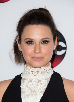 2016 TCA Panel - Katie Lowes 01