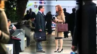 Scandal 4x01 - David & the B6-13 Files
