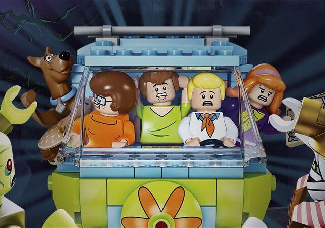 File:Meet the LEGO gang.jpg