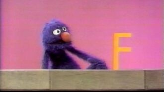 Classic Sesame Street Grover and the Letter F (Spanish)