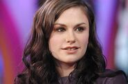 Anna Paquin Gallery 2