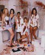 Scream 2 cast girls