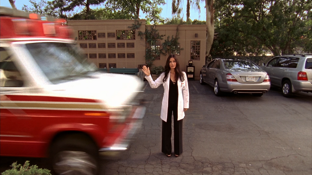 File:8x3 Maddox in front of ambulance.PNG