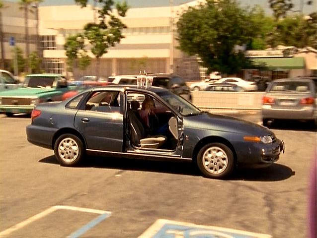 File:3x1 Elliots car.png