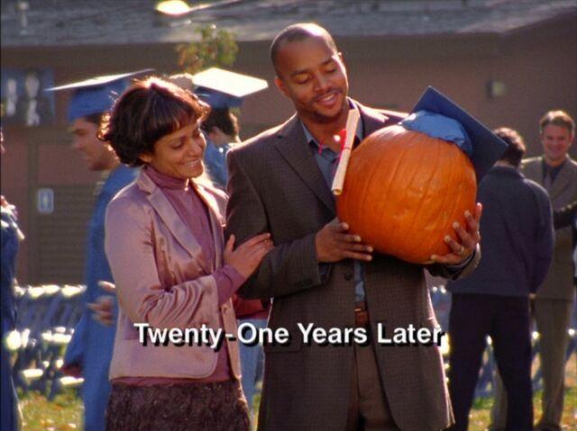 File:5x12-Turk Carla Pumpkin Graduation.jpg