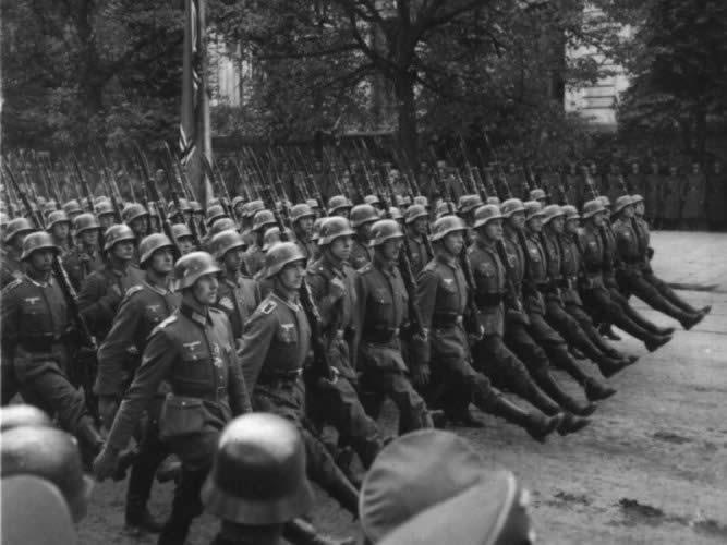 Accrochage dans les faubourg de Stalingrad Septembre 1942. Latest?cb=20130205203120