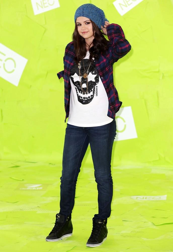 Neo Adidas By Selena Gomez