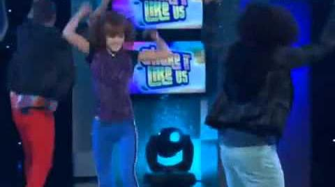 Shake it Up Twist My Hips Dance