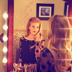 Caroline lip stick
