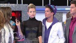 Shake-It-Up-Episode-6-Age-It-Up-Part-15Bwww savevid com5D flv 000335419-1-