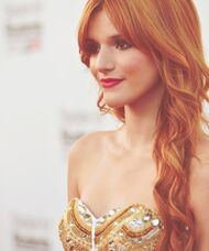 Bella-thorne-2012pic-awards