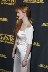 BellaThorne12thMovieGuideAwards(42)