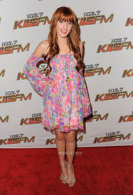Bella-thorne-old-pic-premiere