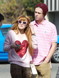 Bella-thorne-with-boyfriend (7)