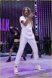 Zendaya-album-launch-party-shake-it-up-cast-friends-04