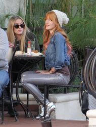 Bella Thorne Lunch33