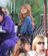 Bella Thorne Lunch32