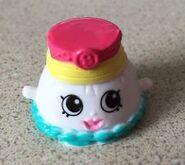 Penelope pleats toy
