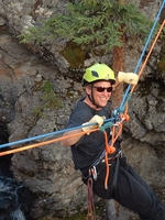File:Photo-jed-climbing.jpg