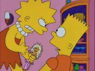 Lisa vs. Malibu Stacy 27