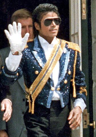 File:Michael Jackson 2.jpg