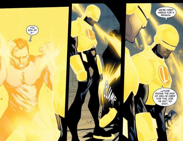File:Smallville - Chaos 009 (Digital-Empire)010.jpg