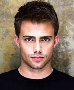 Jonathan Bennett imdb-2013-09-18d