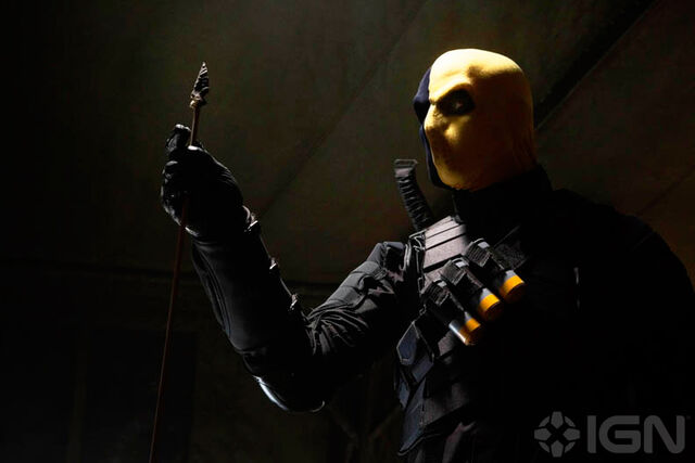 File:Deathstroke Arrow Deathstroke.jpg