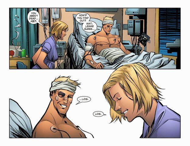 File:Smallville - Lantern 008-003.jpg
