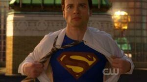 Smallville Finale Superman shirt rip