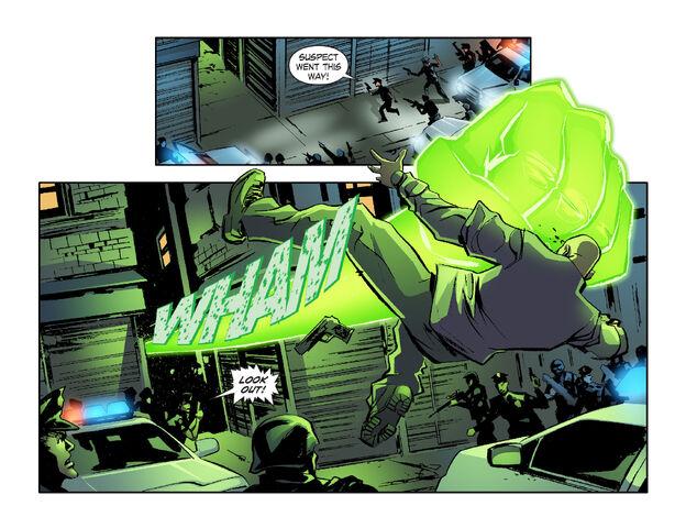 File:Smallville Lantern 1395491009660.jpg