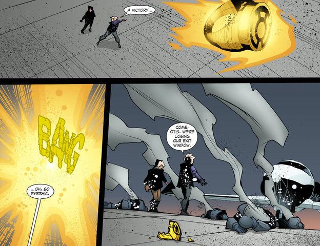 File:Smallville Chaos 12 1408736578533.jpg