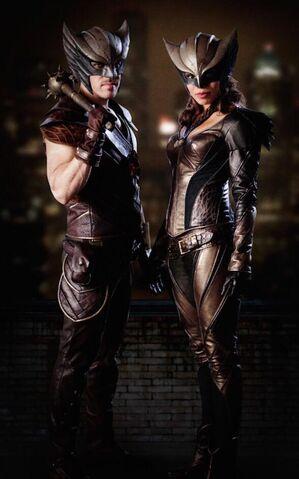 File:Hawkman Hawkgirl-DC Legends Of Tomorrow.jpg