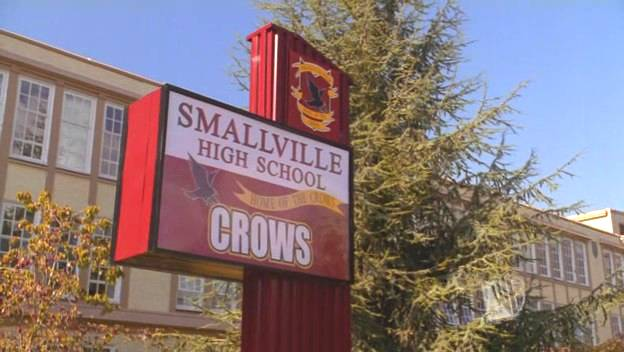 File:Smallville high school.jpg