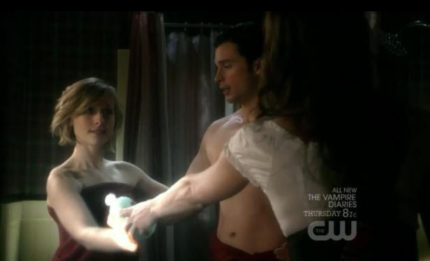 File:Smallville-Escape-Loispossess.png