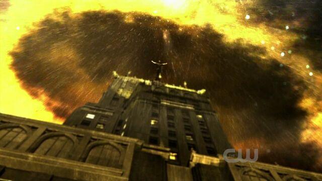 File:Smallvilles10e01720phdtvx264ctumkv 000090089.jpg